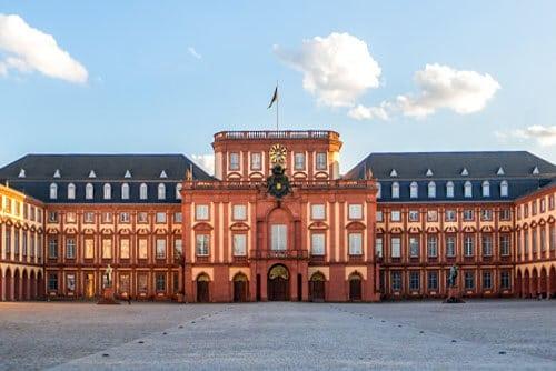 Hausverwaltung Standorte - Standort Mannheim Schloss